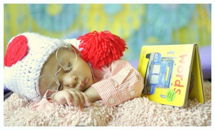 I am not sleeping, just thinking about my future. ;) #babyphotography #birthday #babyshower PC: Priyanka