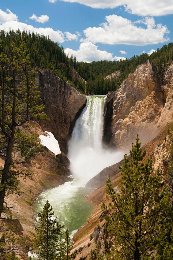 Grand Canyon of the Yellowstone is the first large canyon on the