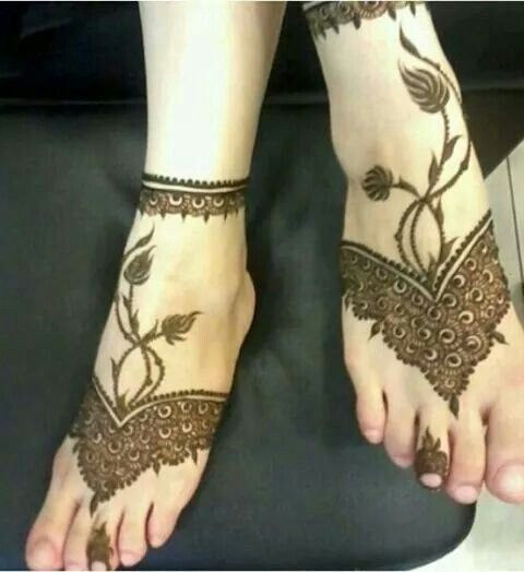Feet Henna Tattoo Design Picture - 5