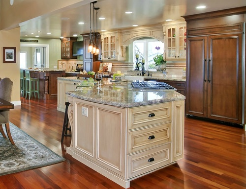 Tuscany style Kitchen/Great room - Mediterranean Tuscan kitchen design.