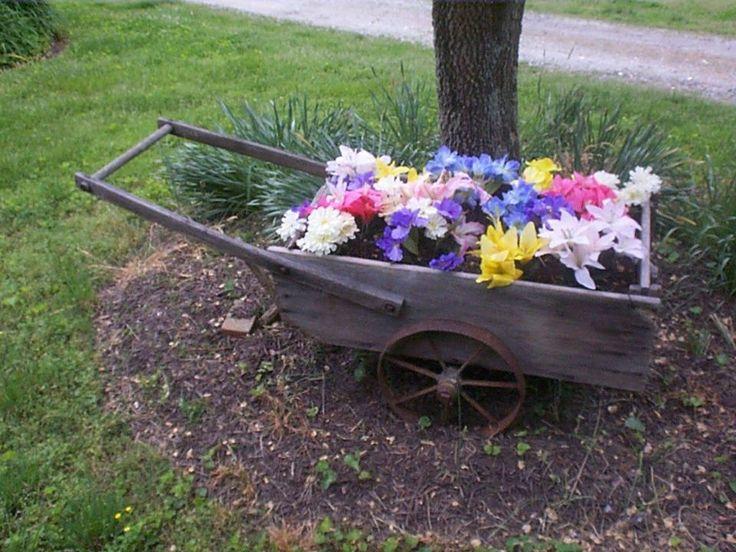 Vintage Wooden Wagon Yard Cart Planter Wheel Barrel W/ Metal Wheels Antique