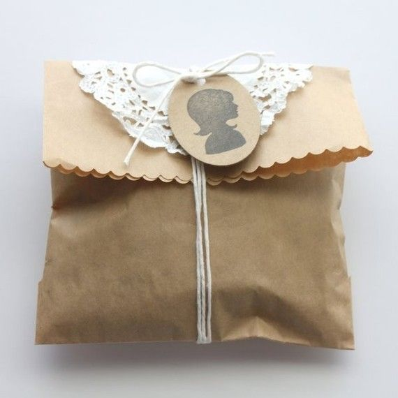 Silhouette Tag - Gift Package