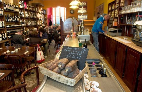 Les Papilles.  Specialty grocer meets daily seasonal set menu.