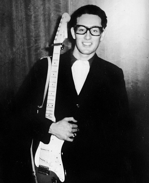 buddy holly and mary tyler moore relationship