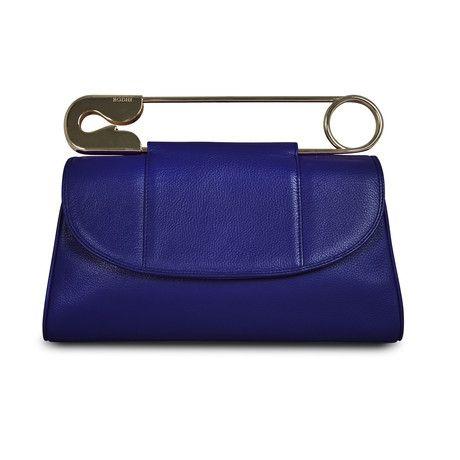 Unique!: Unique Clutches, Clutches Purple, Purple Clutches, Pin Clutches, Purple Safety, Handbags Clutches And Totes, Safety Pins, Safety Clutches, Bags Clutches Whatever