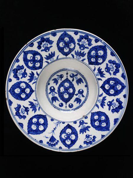 Plate  Iznik, Turkey   ca. 1535-45   Fritware, underglaze painted in cobalt blue, glazed  London, V, C.2009-1910