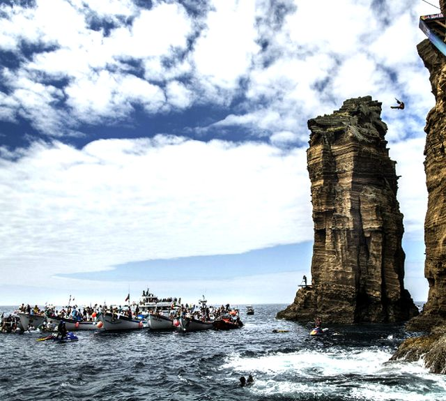 Azores, PortugalFavorite Places, Cliff Diving, Bull Cliff, Summer Beach, Beautiful Places, Travel Spots, Red Bull, Travel Destinations, Azores Portugal