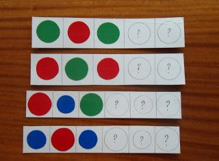 Творим, играем, учимся...: Игры с цветными крышками.