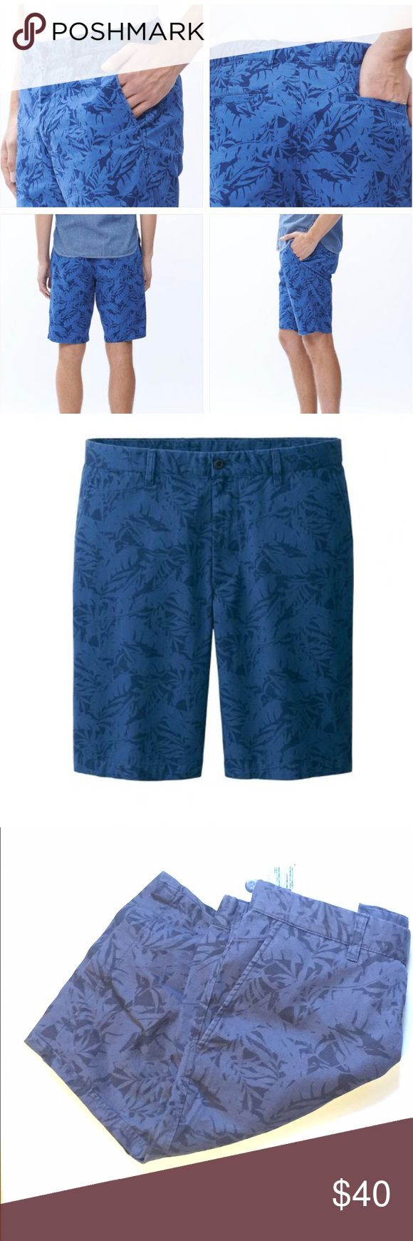 NEW WITH TAGS Men's Printed Chino Shorts Men's printed chino shorts size medium. Made with 100% cotton twill with a crisp texture and soft to the touch finish. Tropical print. These bags will make you want to your bags and get ready for vacation!  100% Cotton ✨✨✨🙋‍♂️ Free gift with bundles. Offers accepted. Bundle and save!  Lots of mens clothing available. ✨✨✨ Uniqlo Shorts Flat Front