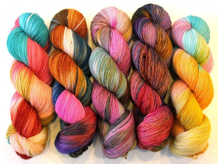 Pooling Yarn for Happy Socks jigsaw puzzle