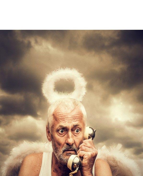 """Anruf von Gott.  """"Bewerber gehen immer ans Telefon, egal in welcher Lage (auch auf dem WC, unter der Dusche, beim Schwimmen, Sonnen…und das 24/7) – Lebenssituationen und –umstände finden hierbei keine Berücksichtigung"""""""