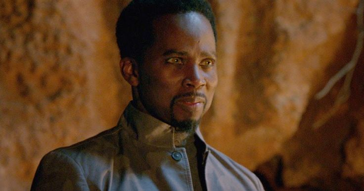 'Constantine' Clip Introduces Manny the Guardian Angel -- Matt Ryan's John Constantine meets his guardian angel Manny, played by Harold Perrineau, in the latest scene from NBC's 'Constantine'. -- http://www.movieweb.com/constantine-tv-show-clip-manny