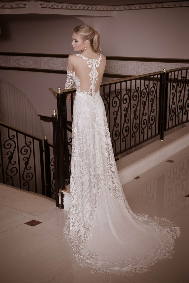 21 best Irresistible images on Pinterest | Short wedding gowns ...
