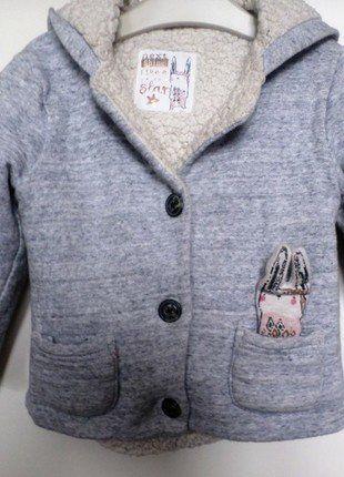Kaufe meinen Artikel bei #Mamikreisel http://www.mamikreisel.de/kleidung-fur-madchen/outdoorbekleidung-jacken/37767301-bunny-jacke-von-next-in-92