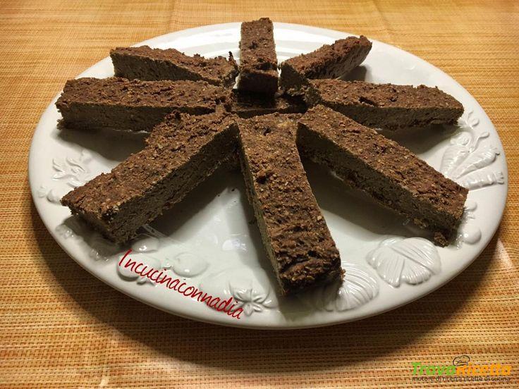Barrette proteiche alla banana cioccolato e cocco fatte in casa  #ricette #food #recipes