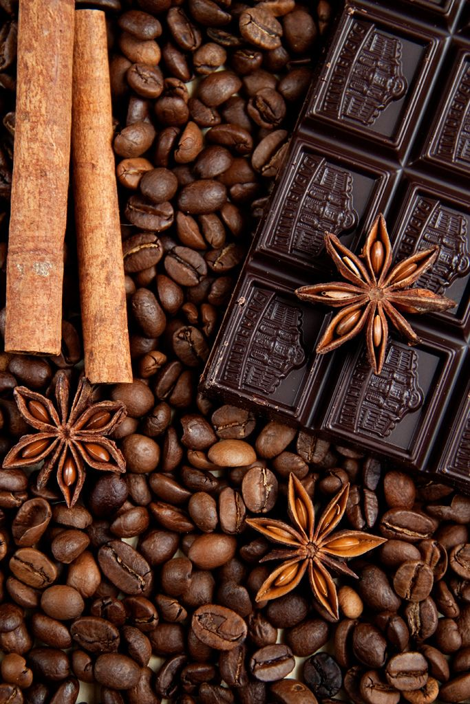 Coffee beans, chocolate  cinnamon!  Hmm, I can just smell that wonderful aroma!!