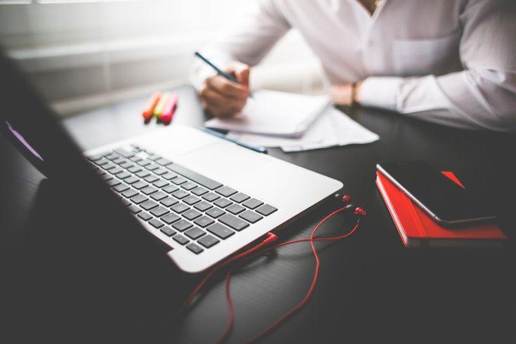 Free Image: Entrepreneur Working on his MacBook | Download more on picjumbo.com!