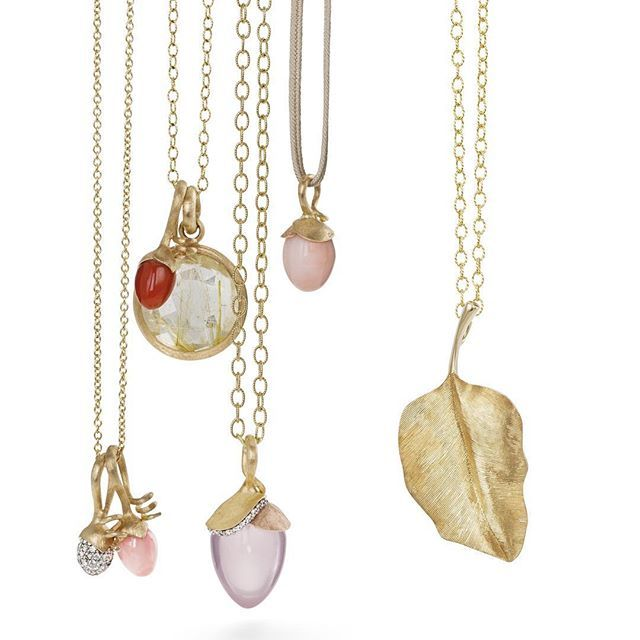 Unique pendants #lotuscollection #leavescollection #medallion #moonstones #diamonds #gold #olelynggaard #olelynggaardcopenhagen #charlottelynggaard @charlottelynggaard_dk