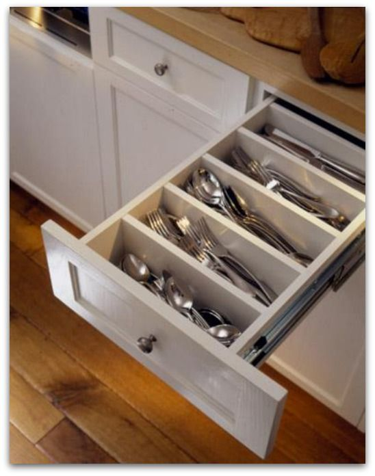 House Hacks-Love this utensil drawer.