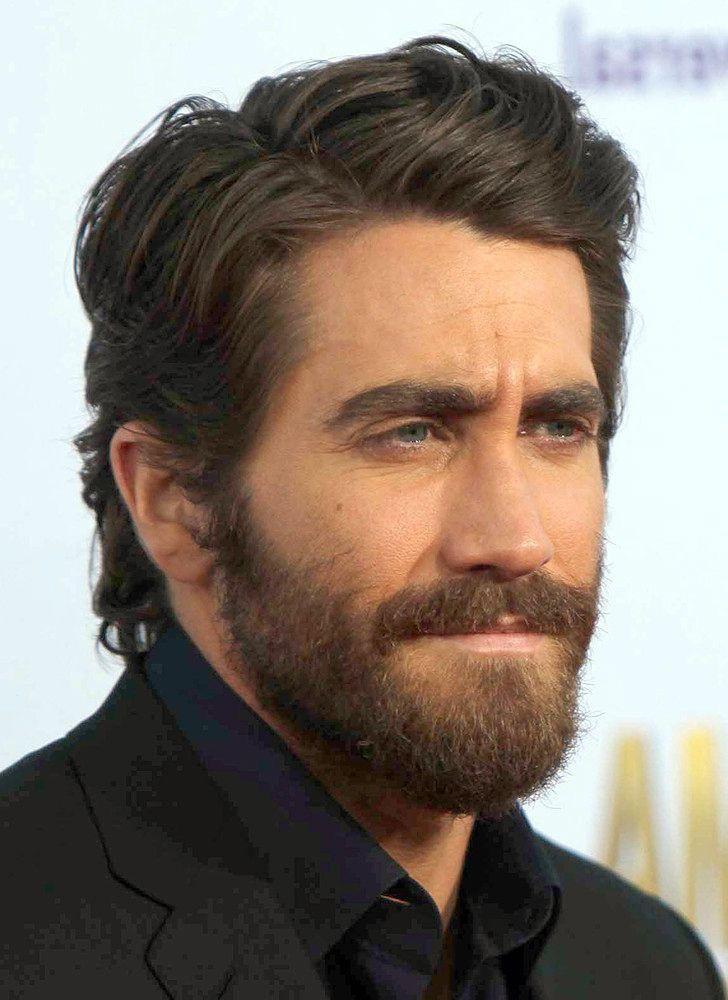 Pin De Carlos Velasco Em Jake Gyllenhaal Estilos De Cabelo Para Homens Cabelo Cumprido Masculino Barba E Cabelo