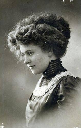 10 Best 1900 S Women S Hair Images On Pinterest