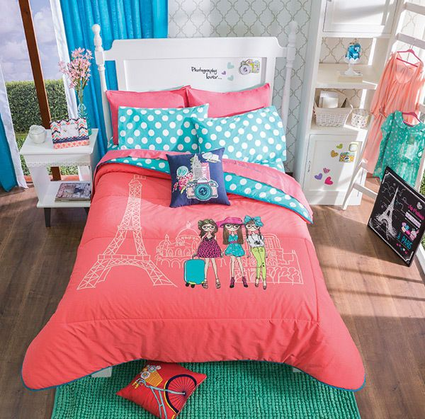 Twin Full Queen Girls Friends In France Comforter Set