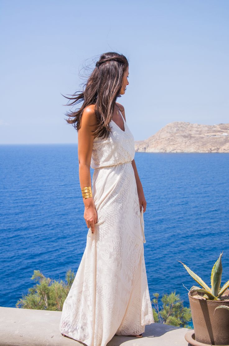 MYKONIAN WHITE - More Trends