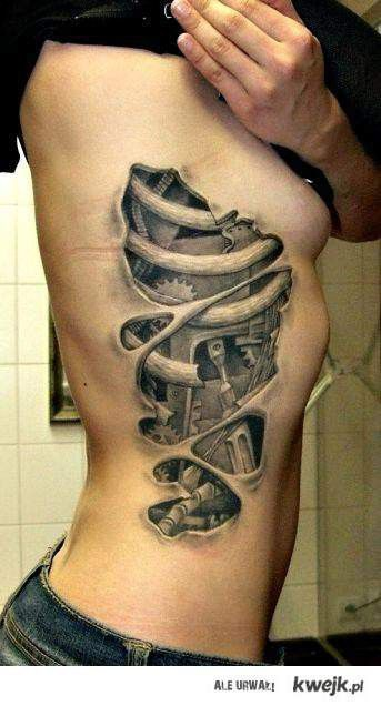 3 d tattoos - not for me but its pretty awesome.