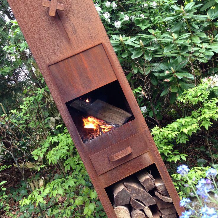 Buitenhaard met houtopslag voor de kille zomeravonden!