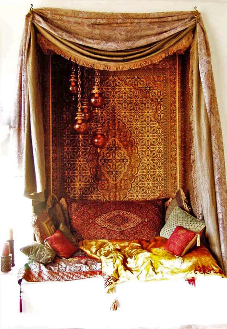 Moroccan style nook