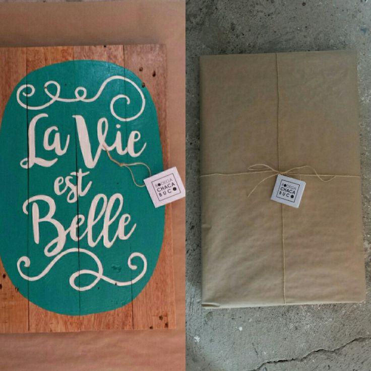 Cartel la Vie est Belle