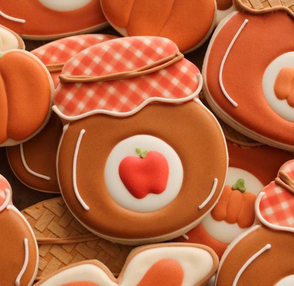 The Sweet Adventures of SugarBelle Jelly Jar Cookie {SweetSugarbelle}