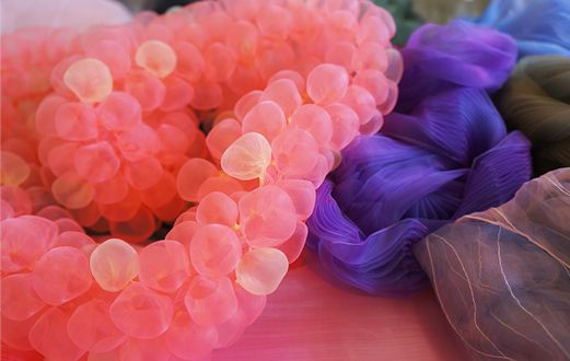 Amaike Textile Industry - super organza, an exceptionally light (polyester) fabric