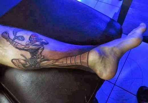 オタク向けのタトゥー『ヲタトゥー』を入れる人が増加www普通の会社員やおとなしそうな人たちが…www   ウェーイ速報