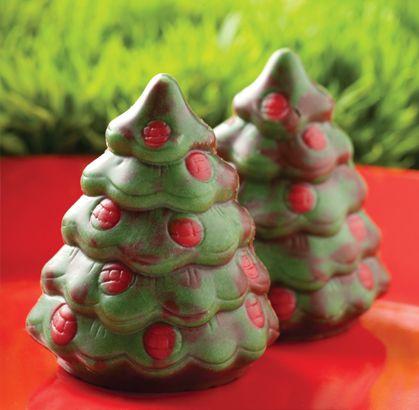 """Recomendaciones navideñas de la #reposteriaastor ... """"BOMBON DE NAVIDAD""""... #chocolates  Regala Astor, regala amor  www.elastor.com.co"""