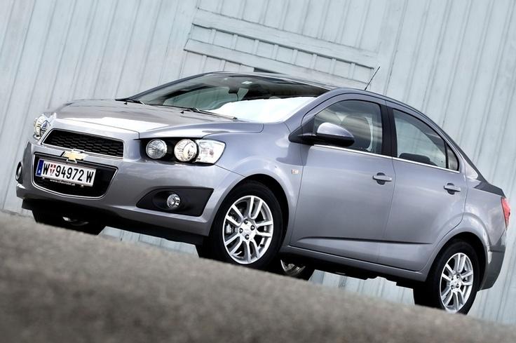 CHEVROLET: five EuroNCAP stars for the Aveo 4-door and Captiva!