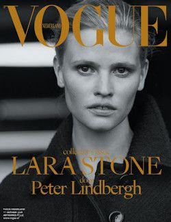 12x VOGUE € 53,55: Vogue is hét maandblad voor iedereen die…