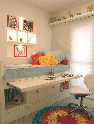 pull out desk area under raised cabin bed