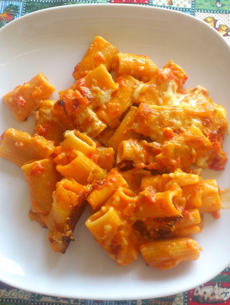 pasta pasticciata al forno http://bettinaincucina.blogspot.it/2015/02/buona-domenica-e-buon-pranzo-con-la.html