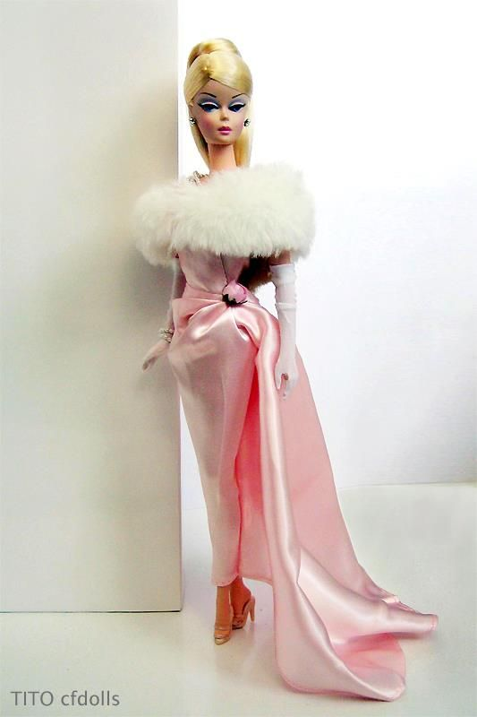 Barbie Enchanted Evening I have a fur stole just like this one for my vintage Barbie.