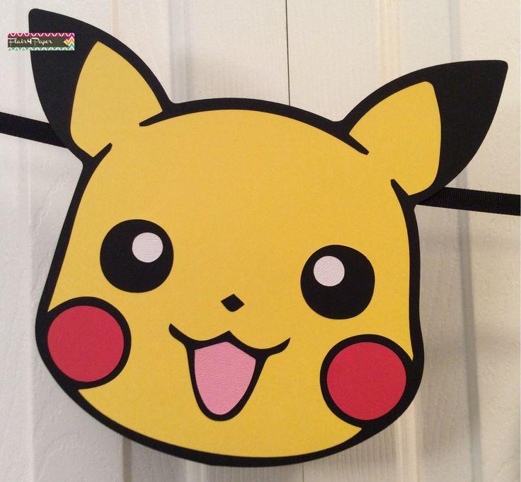 Bienvenida y gracias por navegar mi tienda! Por favor revise las políticas de mi tienda antes de realizar un pedido. Mi tiempo de procesamiento actual es 1-2 semanas (esto no incluye tiempo de envío).  Este adorable banner de Pokemon (Pikachu) es seguro para añadir un toque de diversión a tu fiesta de cumpleaños!  Estaría encantado de hacer este banner para acomodar su esquema de color específico.  MATERIALES UTILIZADOS • Calidad libre de ácido cartulina • Cinta Puntos adhesivos 3D • dan…