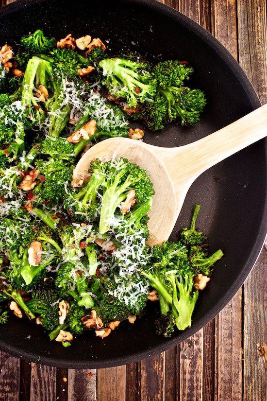 Parmesan Walnut Broccoli with Fresh Garlic and Lemon