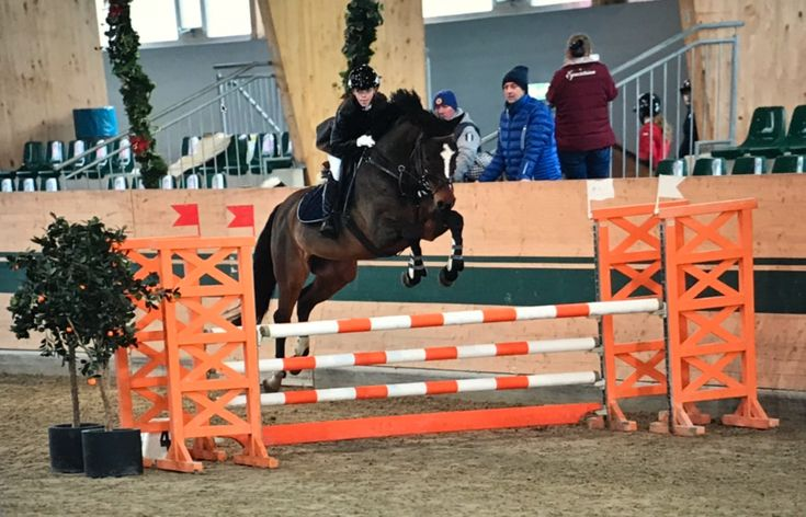 Emma Butuca at the riding contest