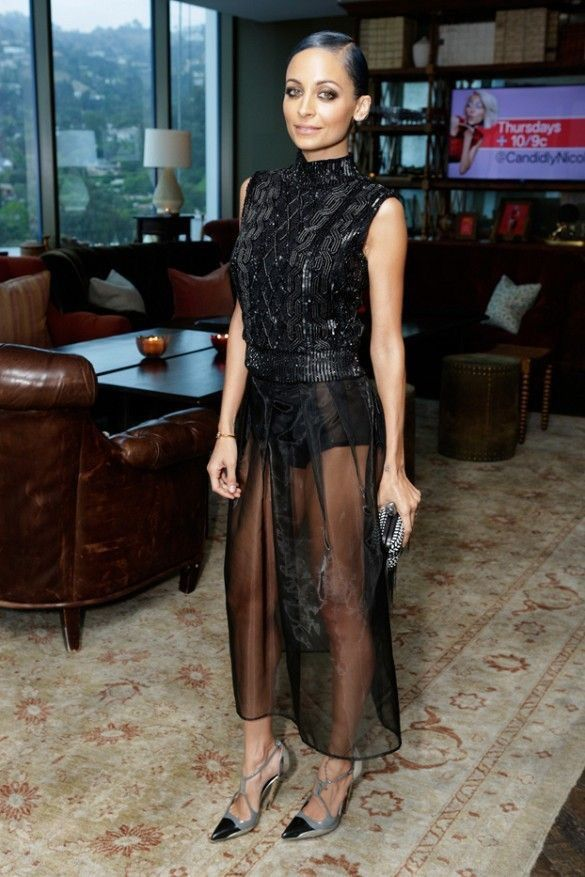Nicole Richie in a Jenny Packham blouse and Safiyaa skirt.