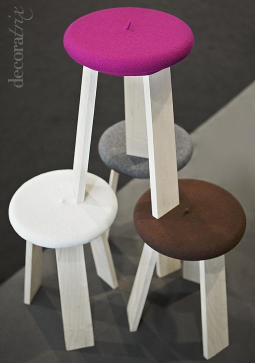 Mirad qué sillas tan originales: madera y txapela