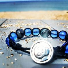 Sugar Skulls and Surfing . . Link in Bio for more . . Island & City Inspired Made in Hawaii . . #sugarskull #skulls #surf #beach #beautifuldestinations #frost #blue #oceans #sun #agate #rock #gems #treasure #styles #macrame #handmadejewelry #jewelryoftheday #menstyle #craft #aloha #hawaii #bluelotushi