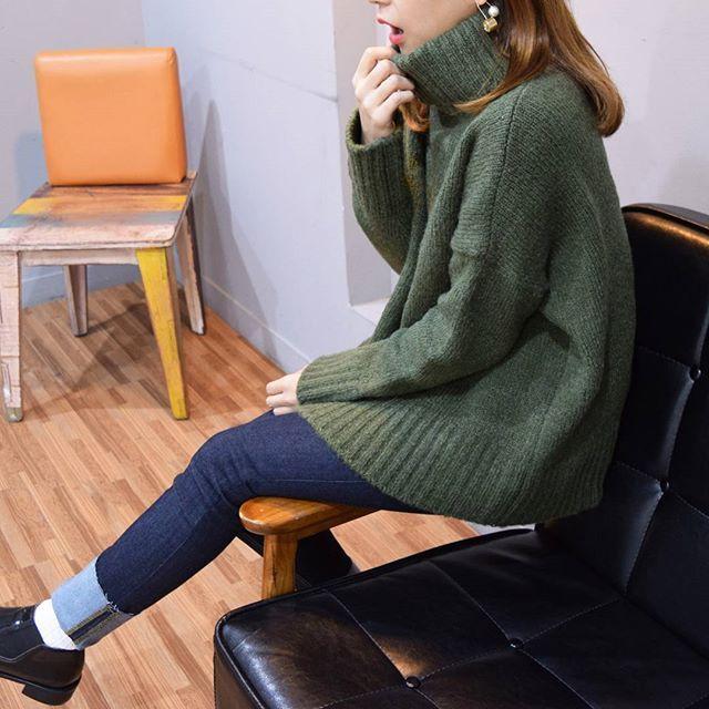 「韓国ファッションスナップから学ぶ♡上質おしゃれのコツ」に含まれるinstagramの画像|MERY [メリー]