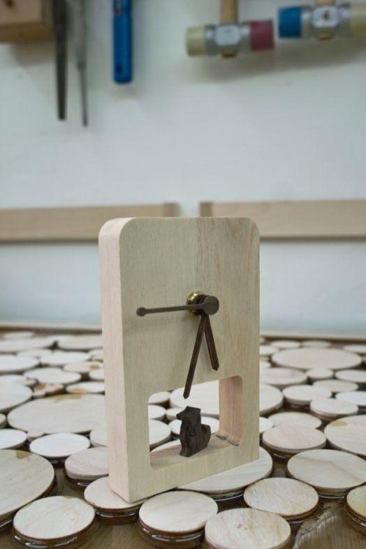 Clock - White Ash & Dog - Rose wood