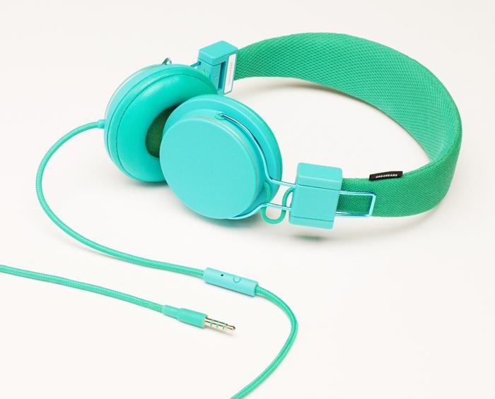 The Chroma Headphone