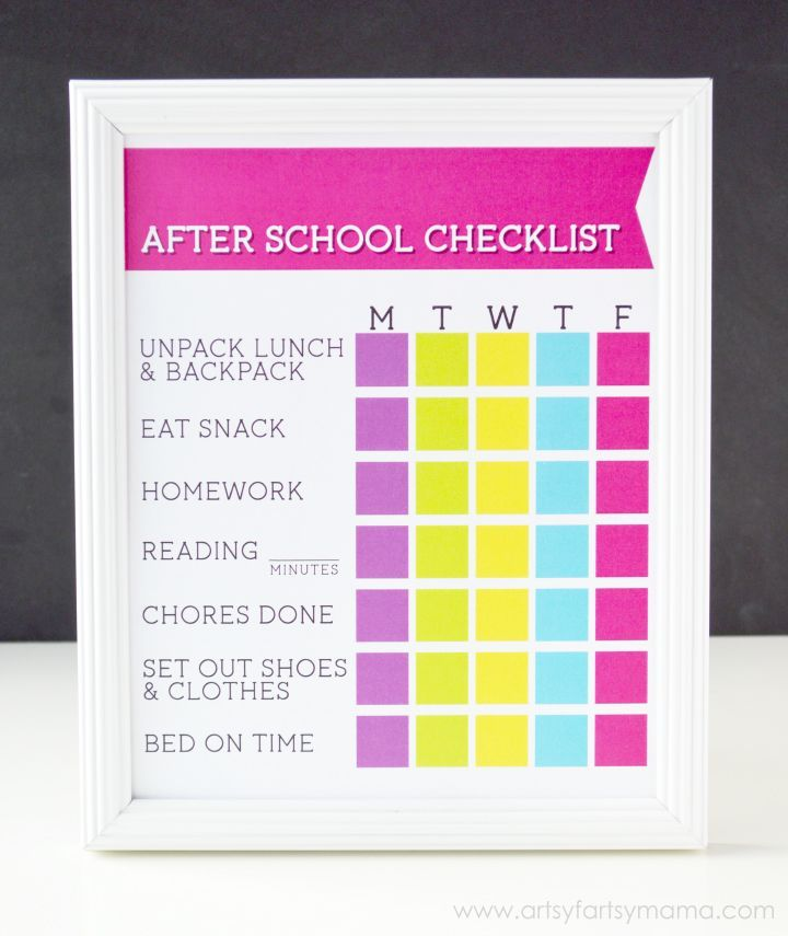 Free Printable After School Checklist at artsyfartsymama.com